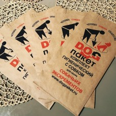 Бумажные  пакеты с совком для уборки за собаками